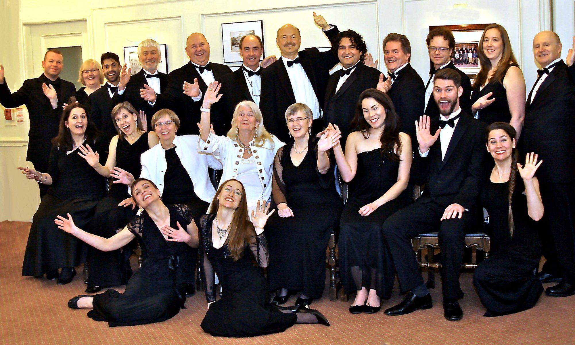 Elmer Iseler Singers, waving, photo: Michael_Romaniuk